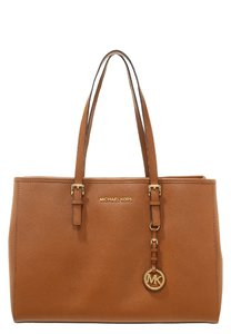 A Mano Donna michael michael kors in sconto 15%