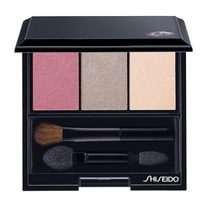 Make up Donna shiseido in sconto 18%