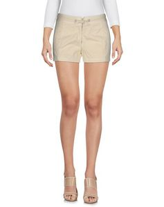 Pantaloni Corti & Shorts Donna fred perry in offerta 53%