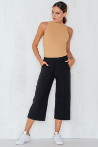 Pantaloni Lunghi Donna sisterspoint in offerta 59%