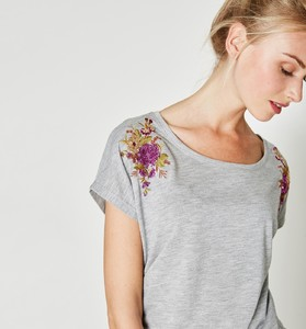T-Shirt & Polo Donna promod in offerta 44%