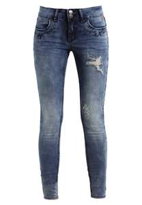 Jeans Donna culture in offerta 50%