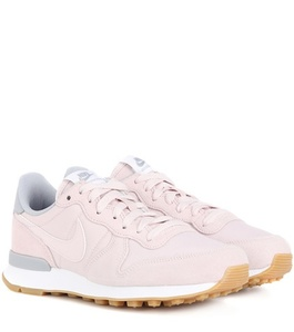 Sneakers Donna nike in sconto 30%