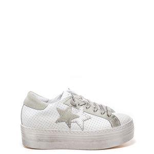 Sneakers Donna 2 star in offerta 50%