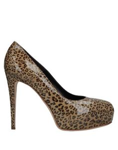 Decolletes Donna brian atwood