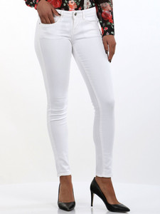 Jeans Donna guess in offerta 39%