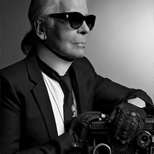 Muore Karl Lagerfeld, fashion icon, designer di Chanel e Fendi, all'età di 85 anni